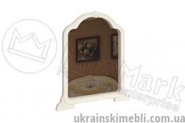 Зеркало (Спальня Мартина)